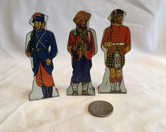 Lot of 3 Tin Soldiers of the World Targets