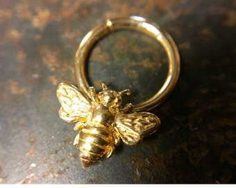 Gold Bee Septum Ring