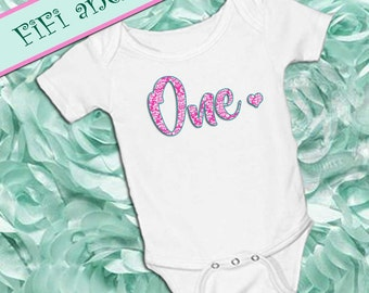First Birthday Outfit, Girl, smash cake outfit, baby onesie pink damask, heart, baby girl onsie