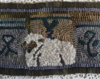 """Kit and Pattern: Rug Hooking Kit for Beginners...""""Lamb and Crocks """"  by Vintage Heart Rug Design (Yvonne Buus)"""