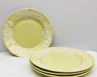 "Set of 4 Vintage Metlox FLORA LACE 7 1/2"" Salad Plates Canary Or Lemon Yellow Raised White Zinnias Flowers Vernonware Made in California USA"