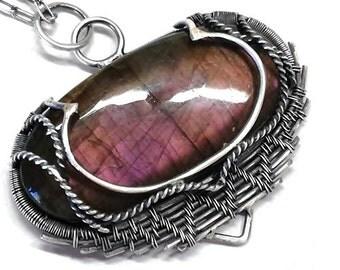 SALE***Purple Labradorite, Silver jewelery,silver pendant,Labradorite Jewelery