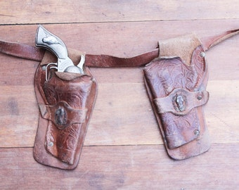 Vintage Hubley Smokey Toy Cap Gun with Leather Toy Gun Holster, Cowboy