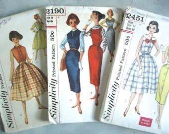 Vintage Sewing Patterns, Ladies Dress Patterns, Paper Patterns, Collectible Sewing,Vintage Simplicity,Costume Design,Retro Dresses,Throwback