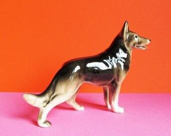 Vintage Figurine/Ornament Alsatian, German Shepherd Dog.