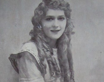 Vintage 1910's Silent Film Actress Mary Pickford America's Sweetheart Hollywood Starlet Souvenir Postcard - Free Shipping