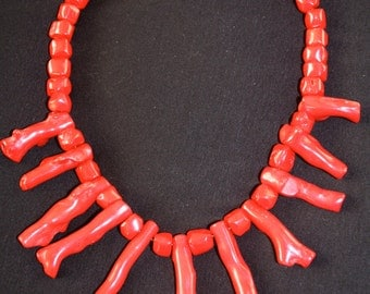 Red Coral Point Necklace