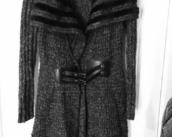 Grey duster sweater with buckles and black fur