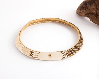 Free Domestic Shipping - Vintages 1970s / 1980s Gold Scaled Elastic Belt