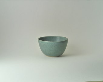 Bowl. Ceramic bowl. small bowl.pottery bowl.blue/green pottery bowl.bowl with turquoise glaze.Hand made bowl.serving bowl.clay bowl.handmade