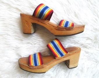 Vintage 1970s BARE TRAPS Rainbow Wood Block Heel Sandals Sz 6