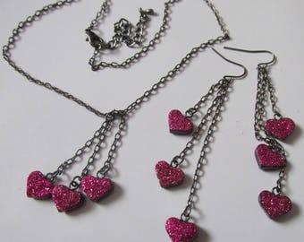 Dainty gunmetal link chain hot pink glitter love hearts statement earrings necklace set