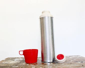 Vintage ribbed aluminum Thermos brand thermos with red cup lid, quart size, lunch mug, soup container, cold drink bottle, camping cup