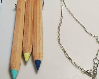 Tri-colour statement pencil necklace