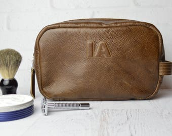 Monogram Dopp Kit / Shaving Bag / Toiletries / mens / toiletry bag / bags & cases / personalized mens gift / leather shave bag / travel kit