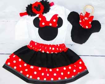 Baby Girl Minnie Mouse-Clothing Set with Plush Toy and Teether 3-6 mos