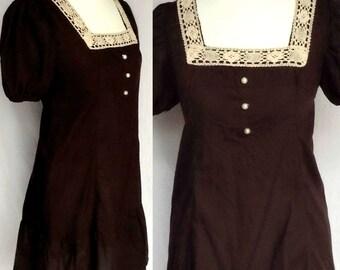 Vintage 70s 60s Hippie Boho Dark Brown Crochet Lace Pearl Bib Victoriana Prairie Babydoll Mini Smock Dress Small