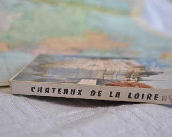 "Block of vintage cards ""Chateaux of the Loire"""