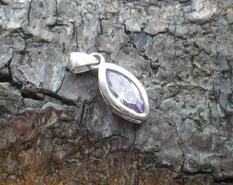 Vintage Sterling Silver Purple Amethyst Coloured CZ Necklace Pendant Charm