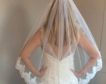 Bridal veil with comb, white veil, ivory veil, lace veil
