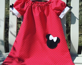 MINNIE MOUSE Disney peasant dress in red cotton fabric with puffed cuff sleeves age 12 mths to 5/6
