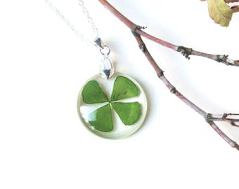 Four leaf clover necklace, real clover jewelry, Real flower resin necklace, Shamrock pendant, Botanical Jewelry, Lucky charm, st. patrick