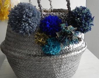 basket ball, basket Thais, silver, various blue PomPoms