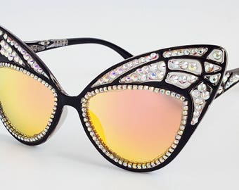 Butterfly Wing Sunnies oversized mirrored frame