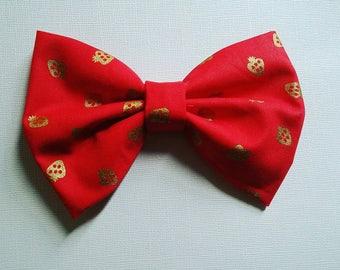 Metallic strawberry bow