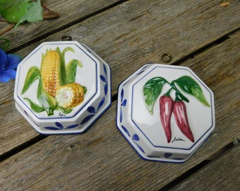 Set of 2 Vintage Italian Bassano Molds - Red Pepper and Corn