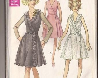 Simplicity 7942 Misses Dress. Size 14, bust 36. Vintage 1968