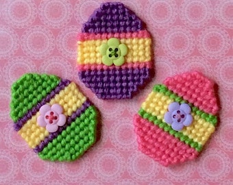 Plastic Canvas: Spring Blooms Easter Egg Magnets (set of 3)