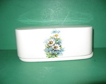 Daisies and forget-me-nots 2 piece ceramic butter dish .made in USA...free shipping