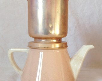 Former Brewer, pink earthenware and metal rosé, Villeroy and Boch.