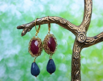 Earrings, Oriental and festive with jade and agate, gold plated wire crochet, free shipping