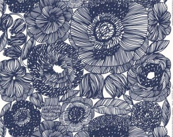 Marimekko Kurjenpolvi fabric, half yard, 18 x 56 inches, blue white from Finland