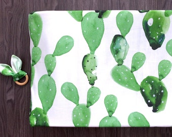 Cactus changing pad cover. Green cactus cacti prickly pear paddle cactus. Fitted Changing pad. Gender neutral (#0089)