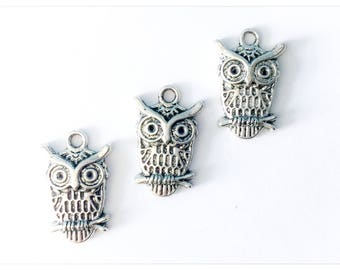 SALE Item // 25 Owl Silver Charms // DESTASH Charms // CLEARANCE Sale // Hobby Craft Supplies / Jewellery Making /B23094