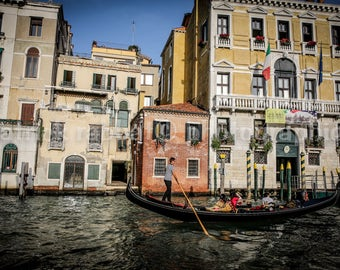 Classic Venice Photo Gondolier Photo Fine Art Photography European Old World Charm Romantic Venice Venezia Italy Home Decor Wall Art