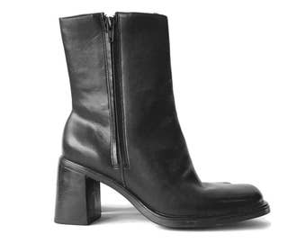Minimal 90's Black Leather Ankle Boots 6