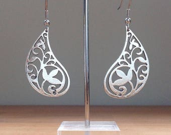 Antique silver drop paisley filigree earrings