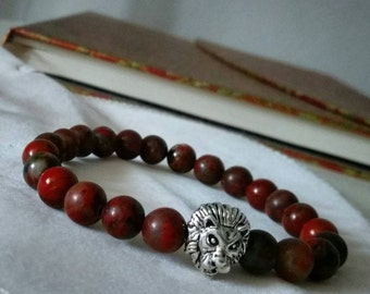 Lioness bracelet with 8 mm stones of red poppy Jasper. Lion in metal available