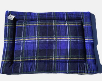 Royal Blue Plaid Dog Bed, Large Dog Bed, Crate Pad, Puppy Bedding, Fleece Pet Pad, Couch Cover, Fleece Crate Mat, Pet Travel Items, Dog Gift