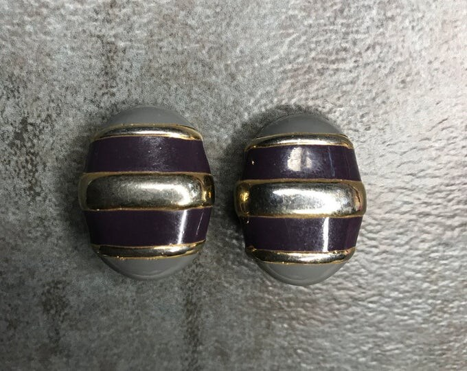Vintage Estate Gold Tone Grey Purple Clip On