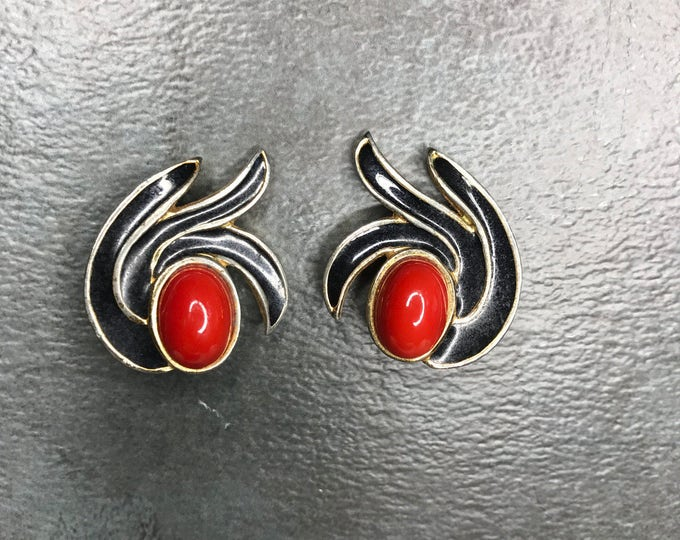 Vintage Estate Gold Tone Black Enamel Red Orange Clip On Earring Mod