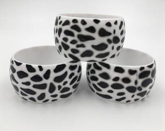 SALE ! Vintage Wide Bangle Bracelet - Animal Print Plastic Bangle -Black Bangle - Lepard Print Bangle Bracelet - Handmade