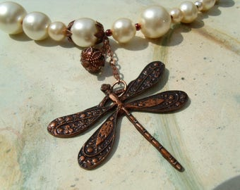 Dragonfly NECKLACE glass wax of beads cream copper ball chain