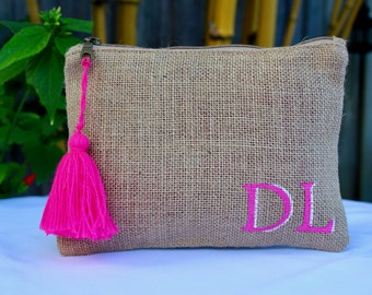 monogrammed bag,monogrammed jute pouch, personalized jute clutch, bridesmaid gift, monogrammed and customize cosmetic bag, customized pouch