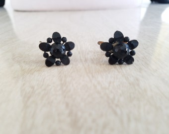 Vintage Jet Black Screwback Cluster Earrings