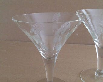 Vintage Etched Martini Glasses, Trumpet Flare Shape, Feather, Arrowhead, Wheat Sheaves, Design, Are A Pair, Set of 2, Mid Century Modern